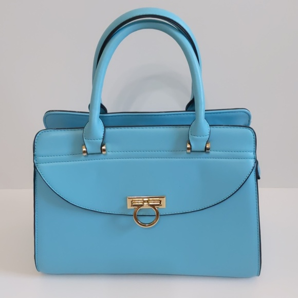 Boutique Handbags - New Gorgeous Blue Handbag